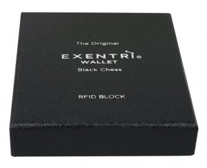 ex_021_black_chess_box_front