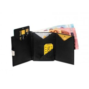 multiwallet-black-interior-1.w610.h610.fill